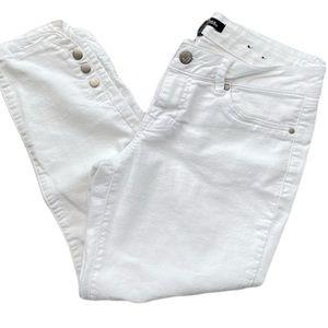 D Jeans Capri Stretch White jeans Size 8 EUC